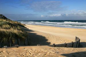 300px-90_mile_beach02.jpg