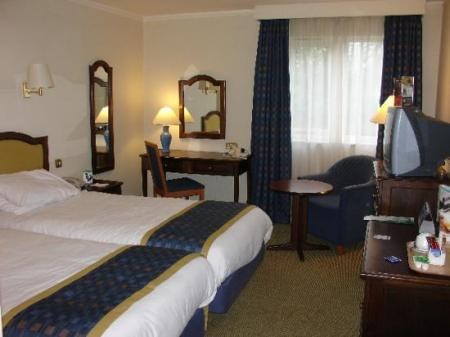 holiday-inn-ashford-central.jpg